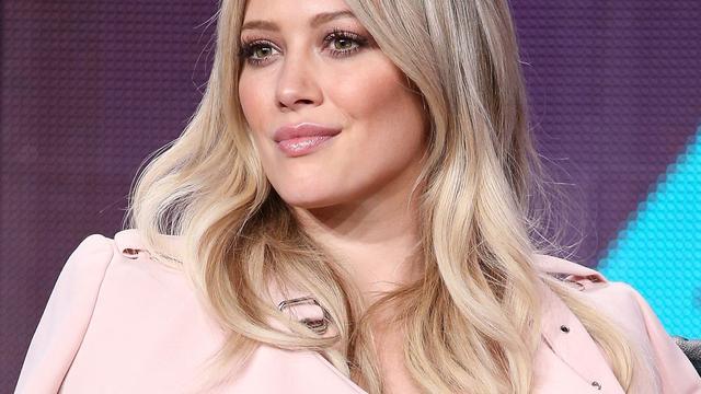 Hilary Duff treurt om dood hond
