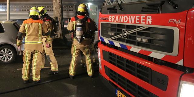 Brandweer rukt twee keer uit voor zelfde brand in woning Bakenessergracht