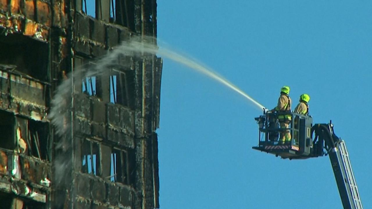 Tientallen mensen daags na grote brand Londen nog vermist