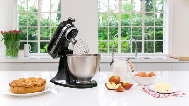 KitchenAid Classic mixer zwart van 529 euro voor 375 euro