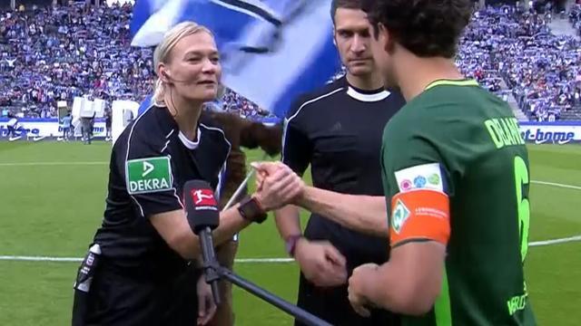 Succesvol debuut voor eerste vrouwelijke arbiter in Bundesliga