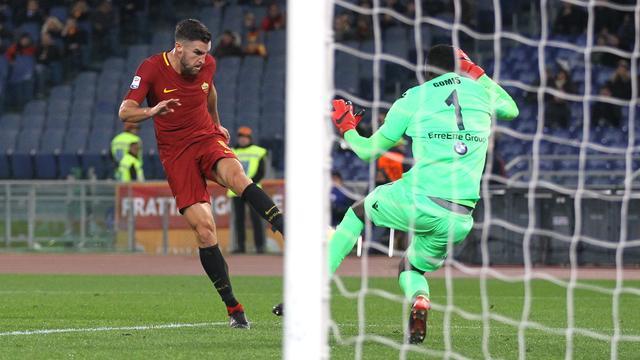 Scorende Strootman helpt AS Roma aan zege, Dost matchwinner Sporting