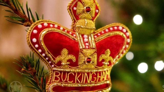 Buckingham Palace in kerstsferen