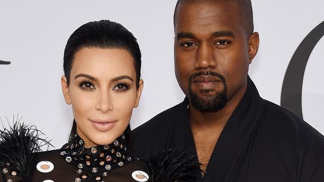 'Kim Kardashian en Kanye West mogen geen kinderen meer krijgen'