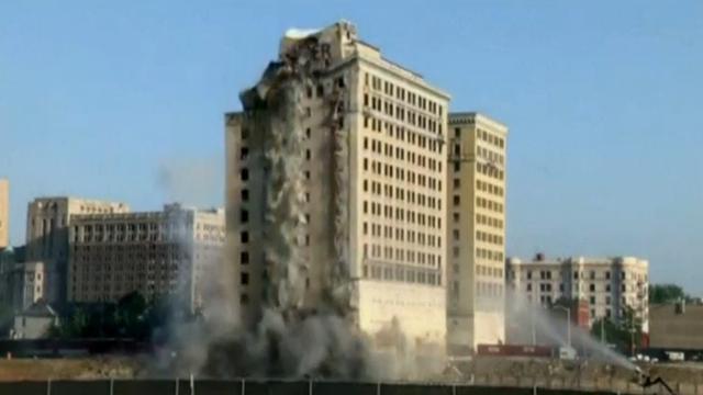 Historisch hotel in Detroit opgeblazen