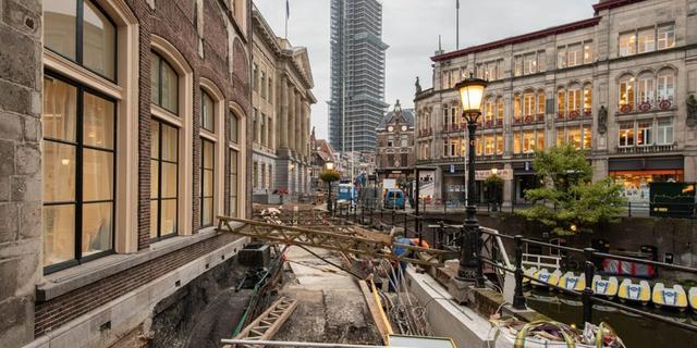 Historische werfkelders blootgelegd door werkzaamheden Stadhuisbrug