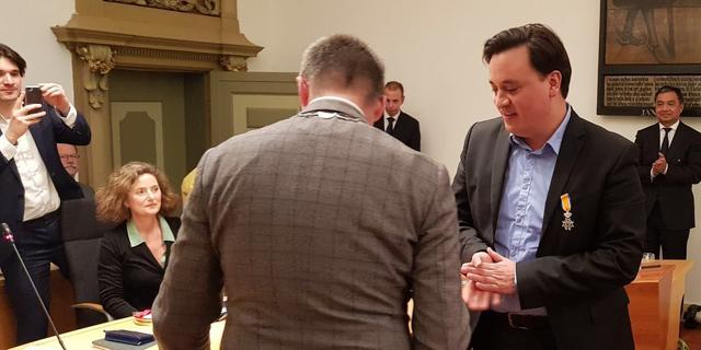 Koninklijke Onderscheiding voor twee vertrekkende raadsleden Haarlem