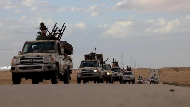 Commandant geeft troepen opdracht Tripoli in te nemen