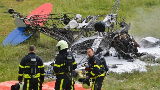Piloot (62) omgekomen na neerstorten sportvliegtuig bij vliegveld Breda