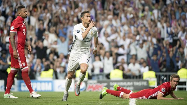 Ronaldo kopt Real op gelijke hoogte
