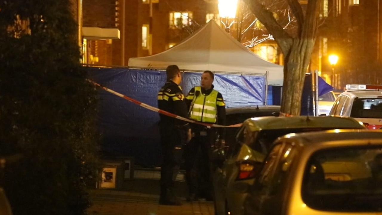 Politie onderzoekt plaats delict na schietpartij Amsterdam