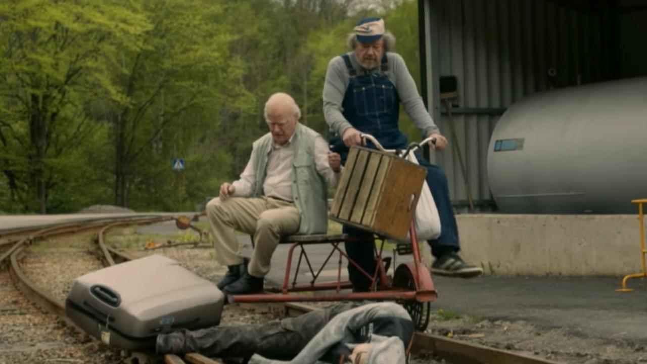 Trailer De 100-jarige man die uit het raam klom en verdween