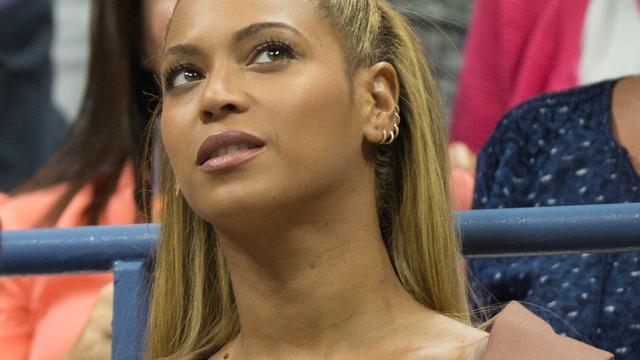 Vader Beyoncé was niet op de hoogte van zwangerschap