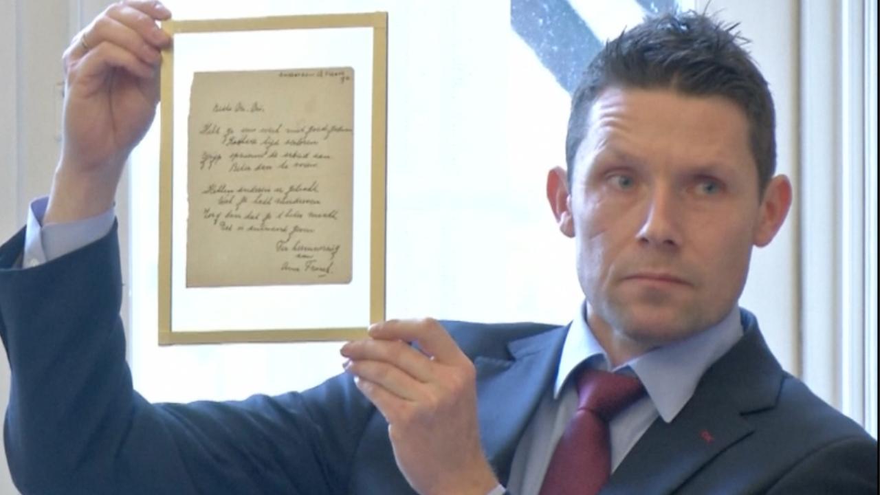 Handgeschreven versje Anne Frank levert 140.000 euro op