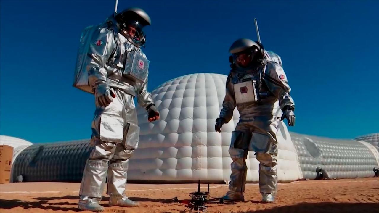 Wetenschappers simuleren leven op Mars in woestijn Oman