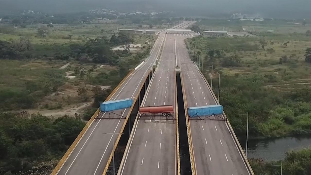 Maduro blokkeert grens Venezuela en Colombia met containers