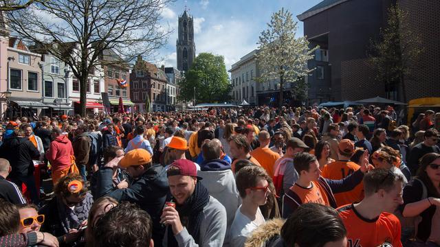 Een overzicht van alle grote koningsfeesten in Utrecht