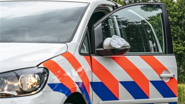 Politie houdt twee verdachten aan bij drugsvangst huis Amsterdam-Noord