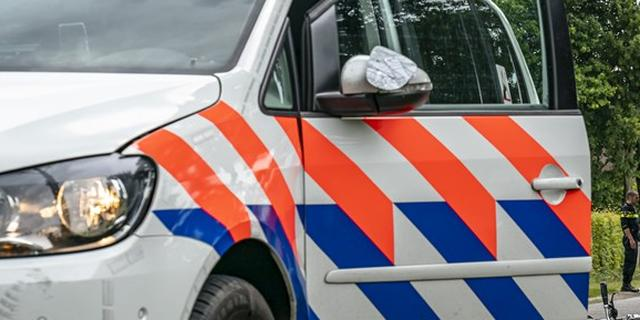 Auto ramt gevel van woning na ongeluk op Scheveningse Badhuiskade