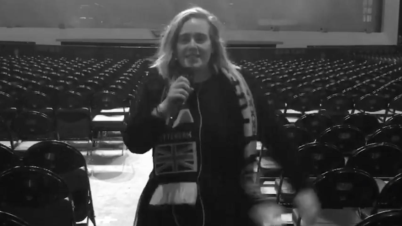 Adele kondigt Wembley aan als afsluiter