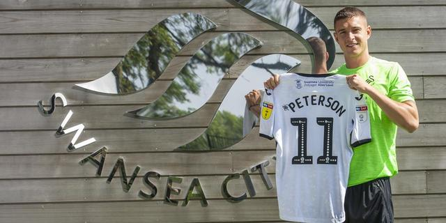 Heracles Almelo laat smaakmaker Peterson naar Swansea City vertrekken