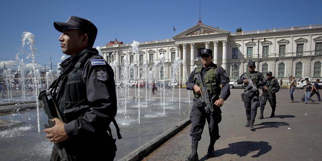 390 jaar celstraf voor 7 bendeleden El Salvador