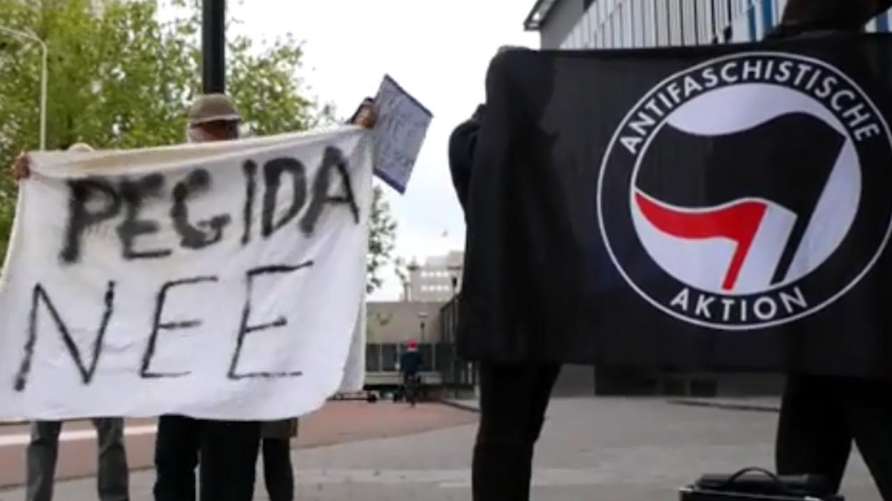 Tien mensen protesteren tegen komst Pegida