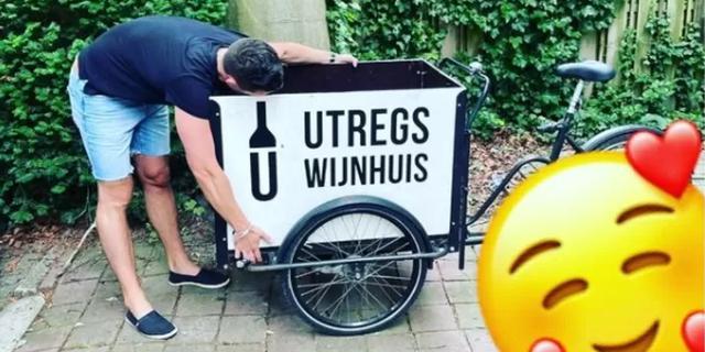 Sjors van het Utregs Wijnhuis haalt opgelucht adem: zijn gestolen bakfiets is weer terecht