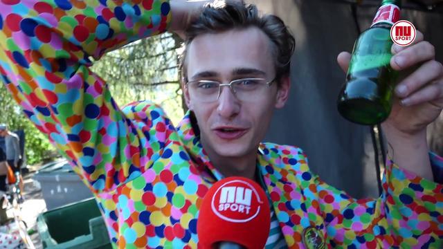 Nederlandse fans op Alpe d'Huez geloven in overwinning Dumoulin