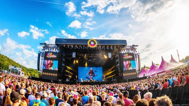 Een festival met alleen popartiesten: Een droom of utopie?