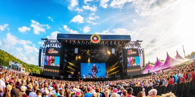 Kabinet over massale evenementen: 'Pas over een jaar of langer is reëel'