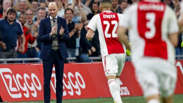 Trainer Ten Hag wil bij Ajax blijven als clubleiding aan wensen voldoet