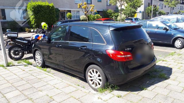 Gezochte auto uit buitenland aangetroffen in Alphen