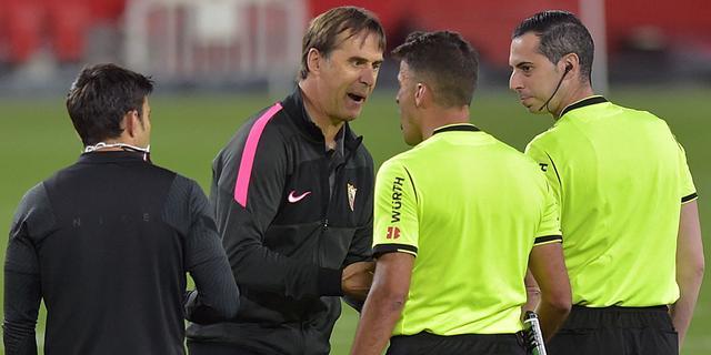 Sevilla-trainer Lopetegui legt na afhaken in titelstrijd schuld bij arbitrage