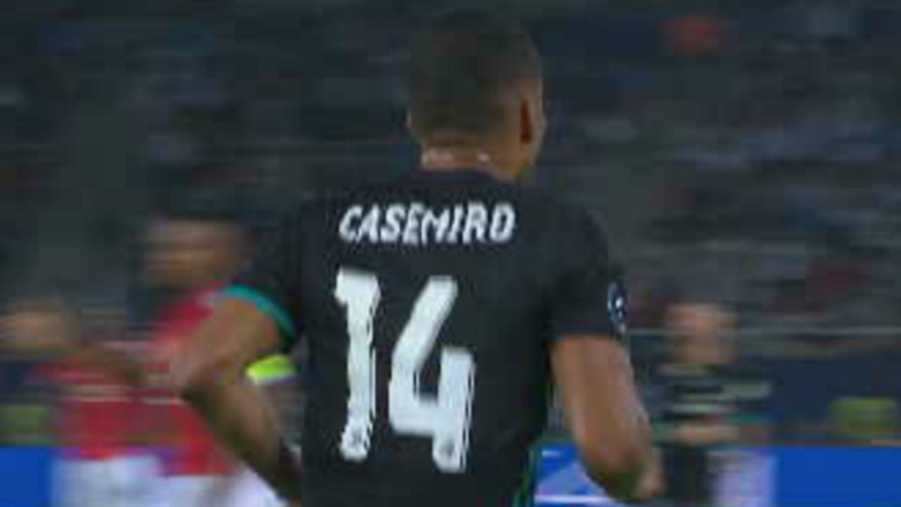 Casemiro zet Real op 1-0 na prachtige voorzet Carvajal