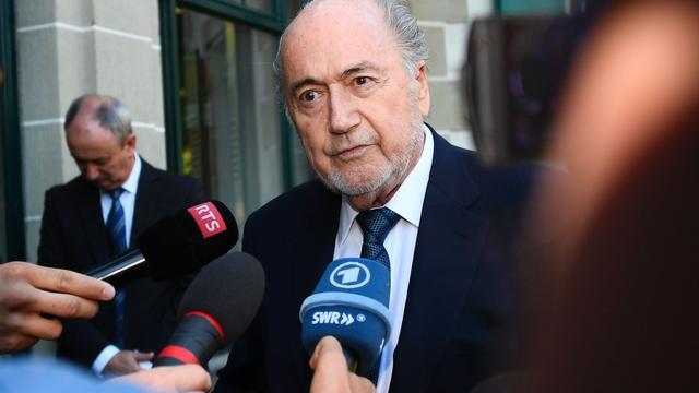 CAS doet maandag uitspraak over schorsing Blatter