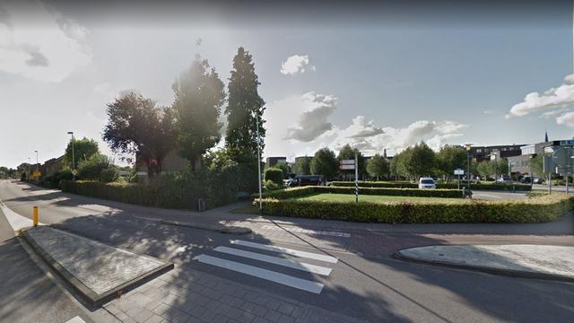 Vrouw met traumahelikopter naar ziekenhuis na aanrijding Etten-Leur