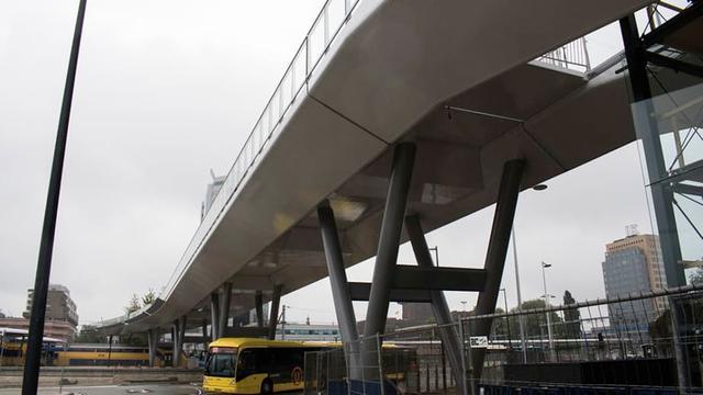 Megabouwkraan bij Moreelsebrug