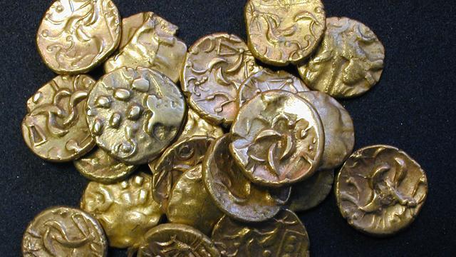 Kost handel in archeologische schatvondsten kennis?