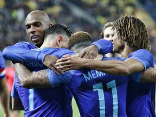 Nederlands elftal wint met 0-3 in Boekarest