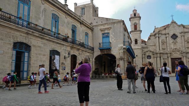 Vliegvergunningen Cuba voor acht Amerikaanse maatschappijen