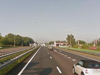 Rijkswaterstaat werkt aan het asfalt