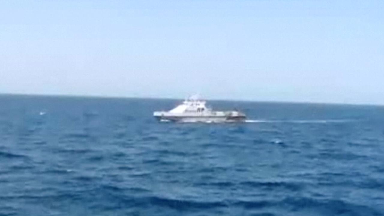 Marine VS lost waarschuwingsschoten na naderen Iraanse boot
