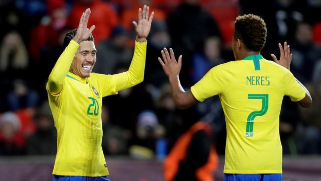 Neres debuteert met assist voor Brazilië, Argentinië klopt Marokko