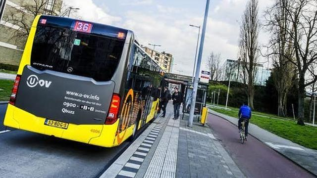 U-OV start met pinnen in de bus in Utrecht