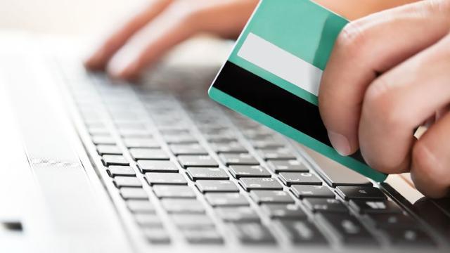 Banken maken fraude mogelijk door gebrek aan controle