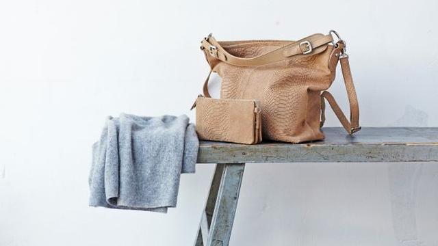 Burkely tas en portemonnee van 149,95 voor 59,95 euro