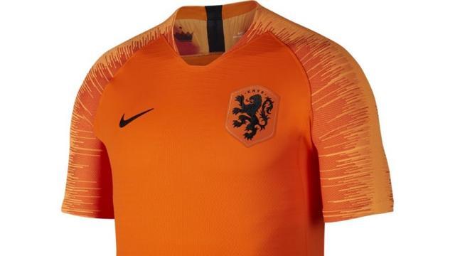 KNVB presenteert nieuwe tenues voor Nederlands elftal