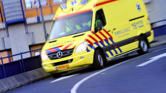 Twee gewonden na scooterongeluk aan Haarlemmerweg