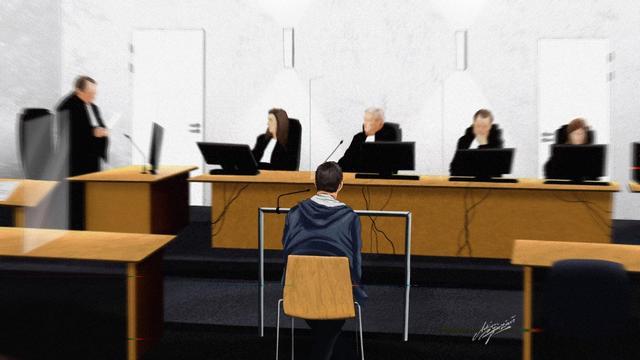 OM eist zes jaar cel tegen Zeeuw die meisjes misbruikte en seksueel uitbuitte